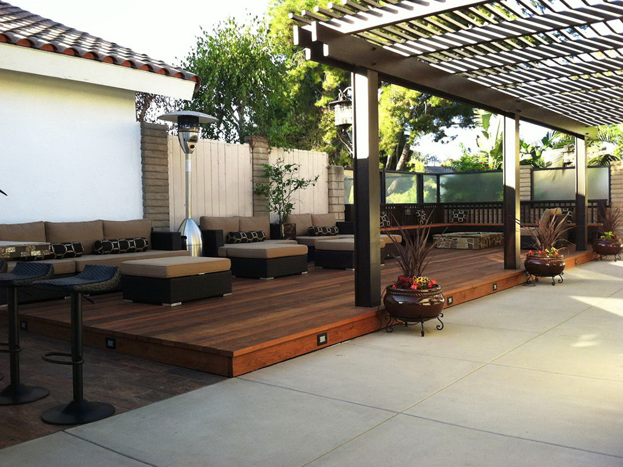 Modern outdoor deck ideas home design ideas for Modern yard ideas