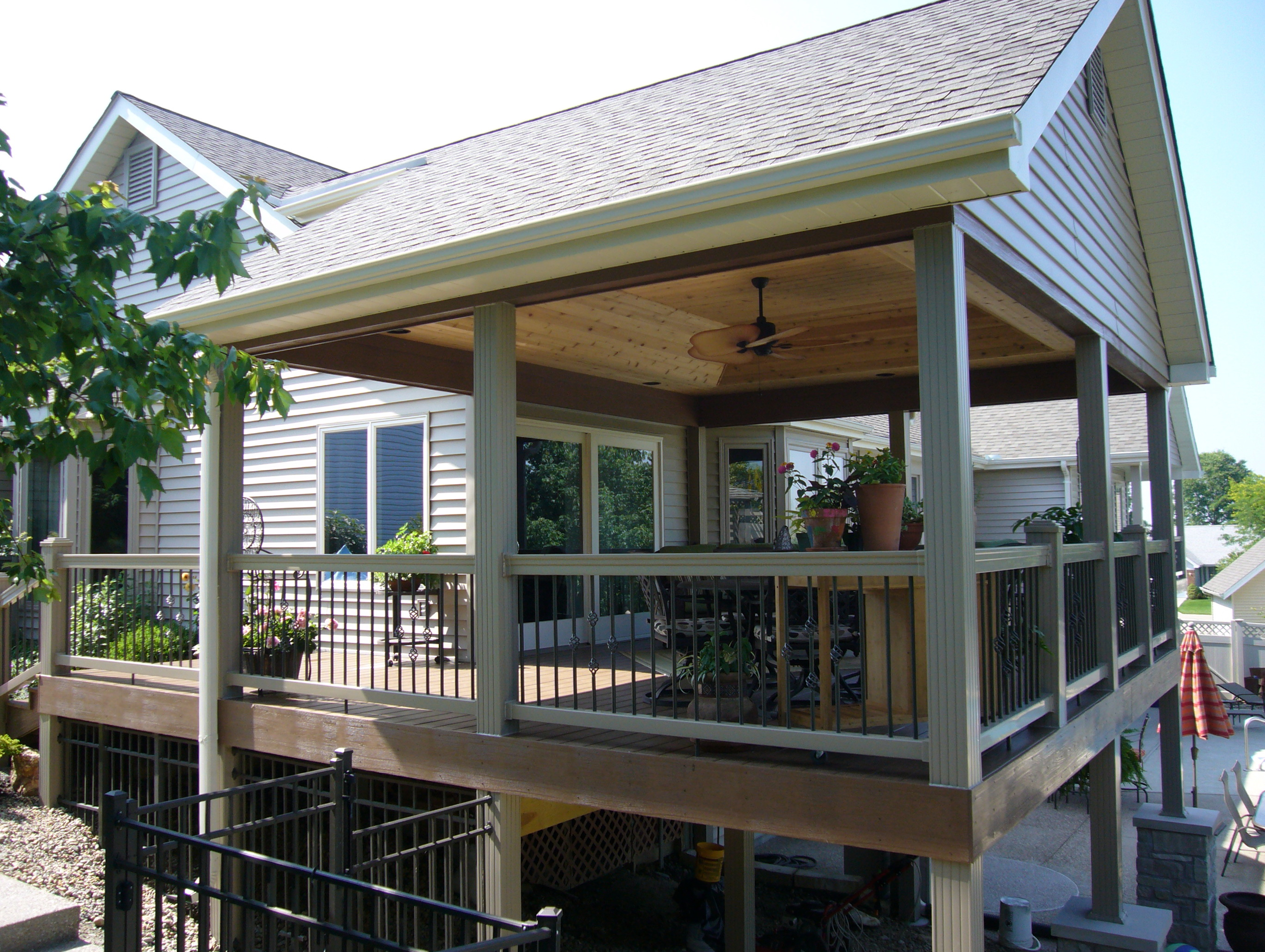 Outdoor covered deck ideas home design ideas for Garden decking design ideas