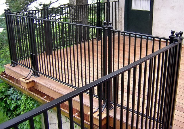 Patio Deck Railing Designs