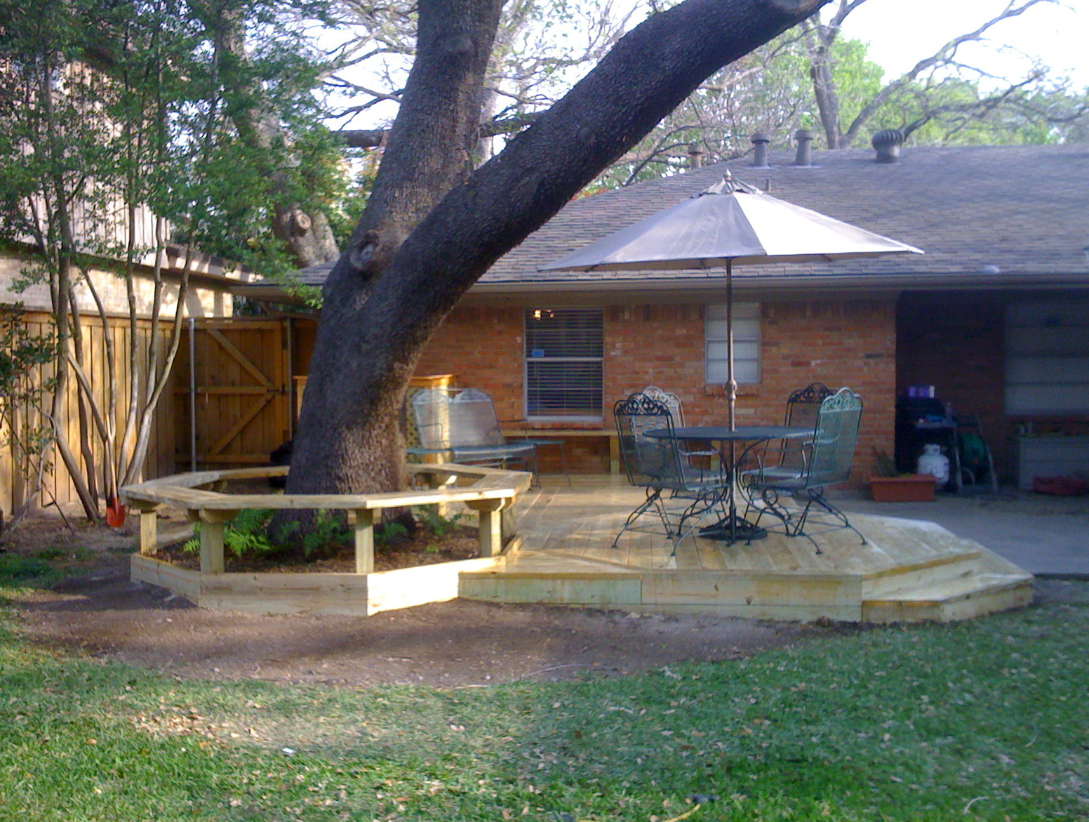 Small Backyard Deck