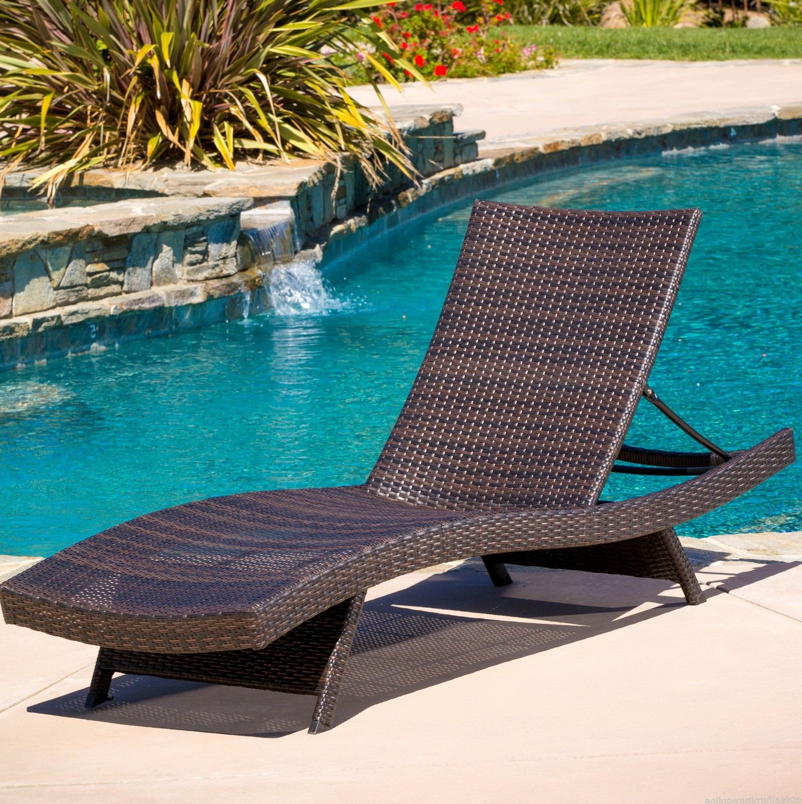 Swimming Pool Deck Chairs