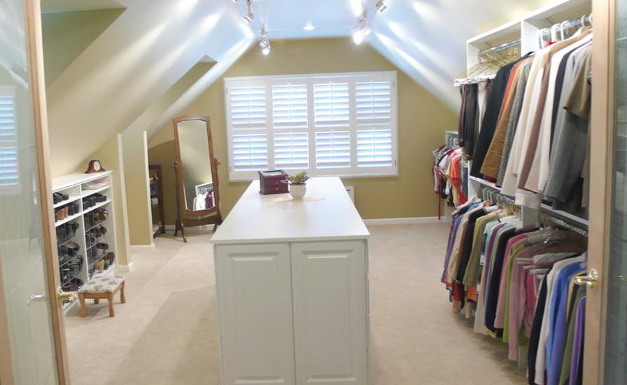 Track Lighting Walk In Closet Home Design Ideas