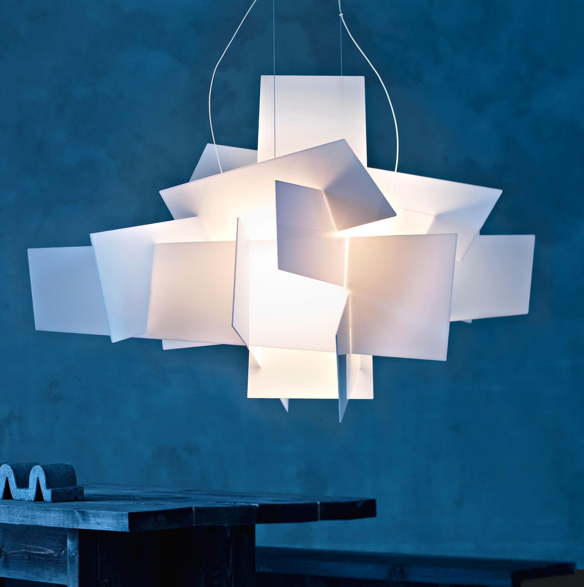 big bang chandelier foscarini home design ideas. Black Bedroom Furniture Sets. Home Design Ideas