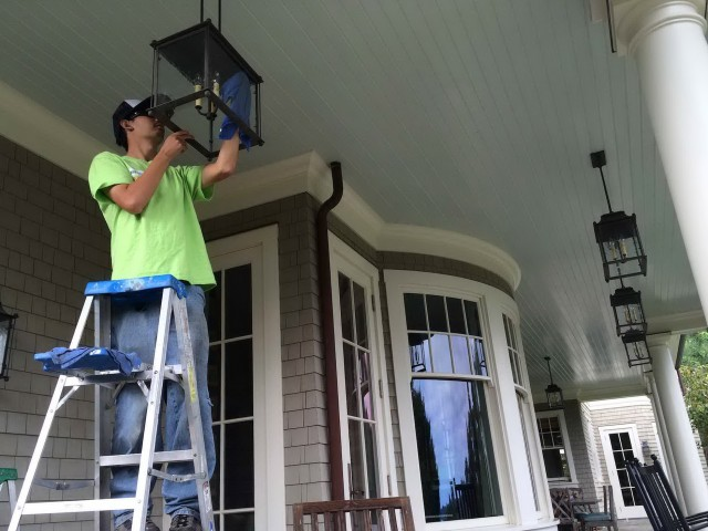 Chandelier Cleaning Services Dallas