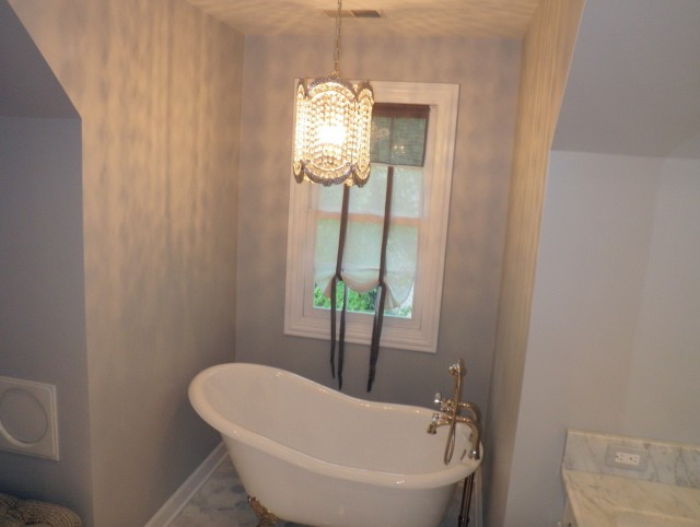 Chandelier Over Tub Code