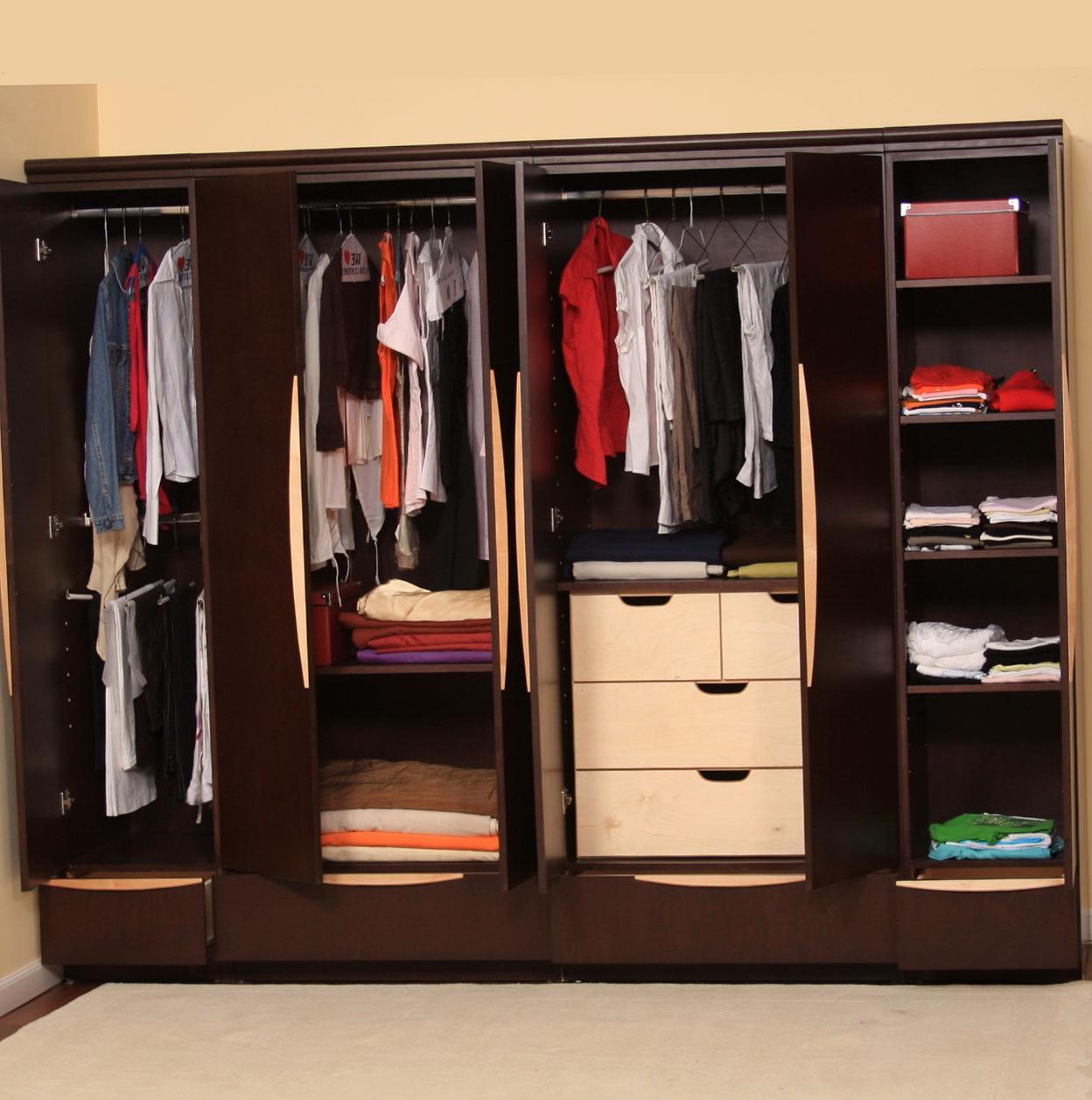 Closet designs for small rooms home design ideas for Closet design