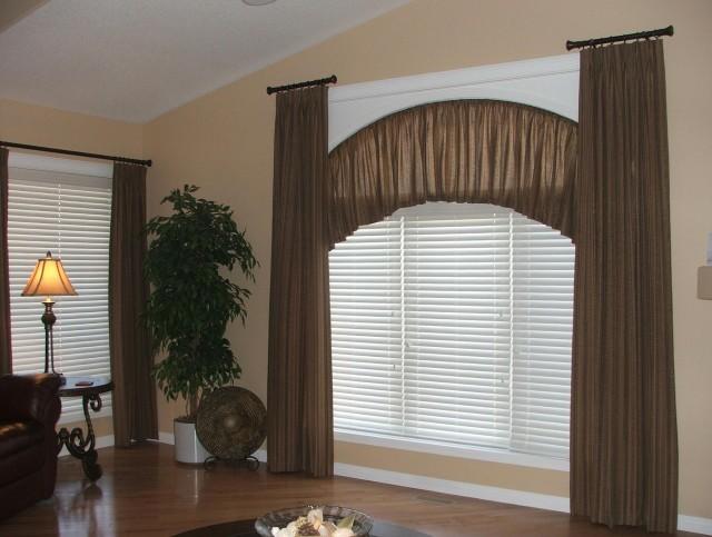 Curved Closet Rods Corners Home Design Ideas