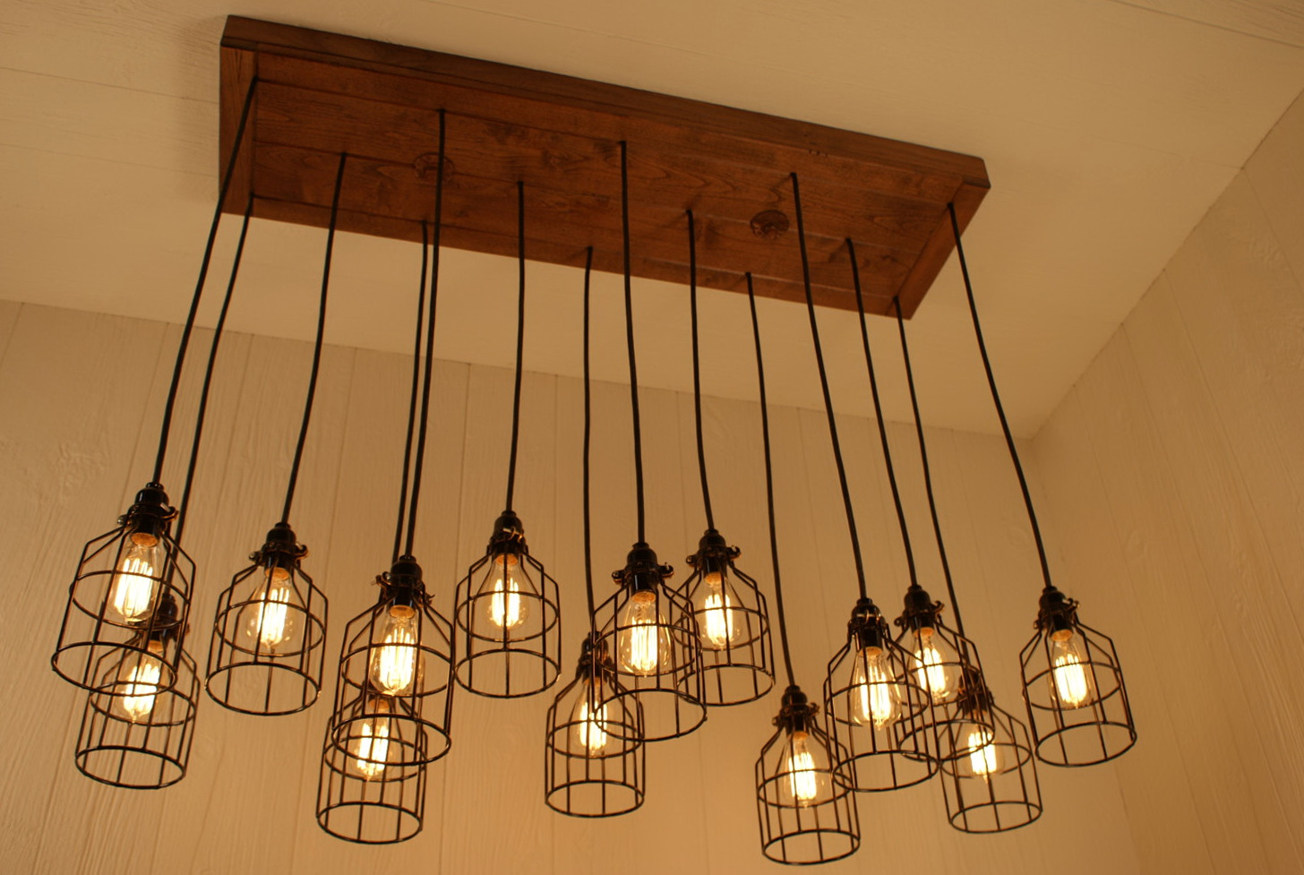 Diy edison light bulb chandelier home design ideas diy edison light bulb chandelier arubaitofo Image collections