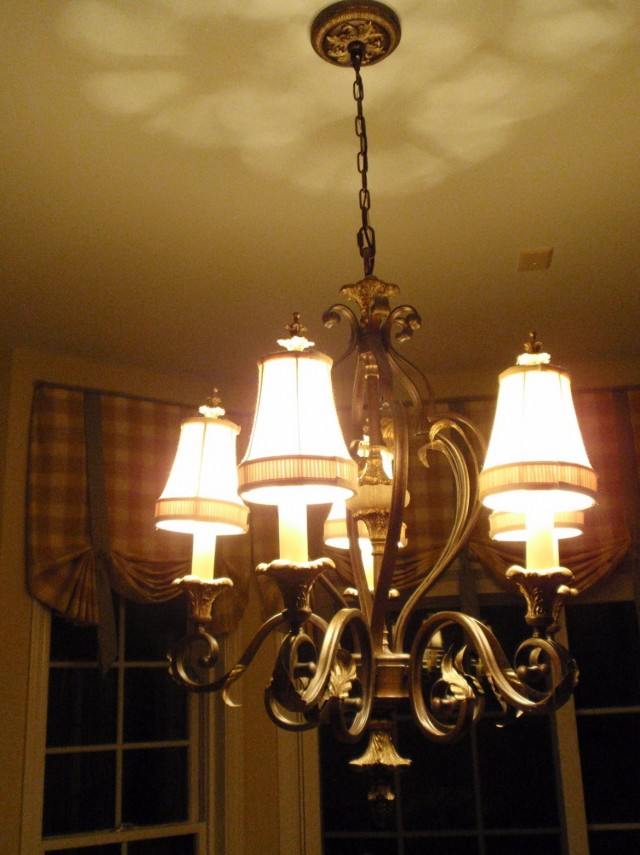 French Country Chandeliers Kitchen