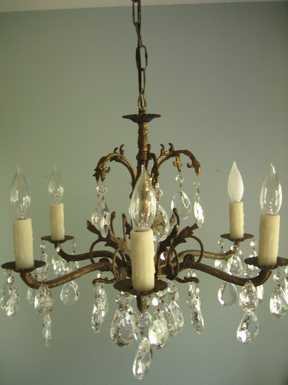 Installing A Chandelier In An Apartment Home Design Ideas