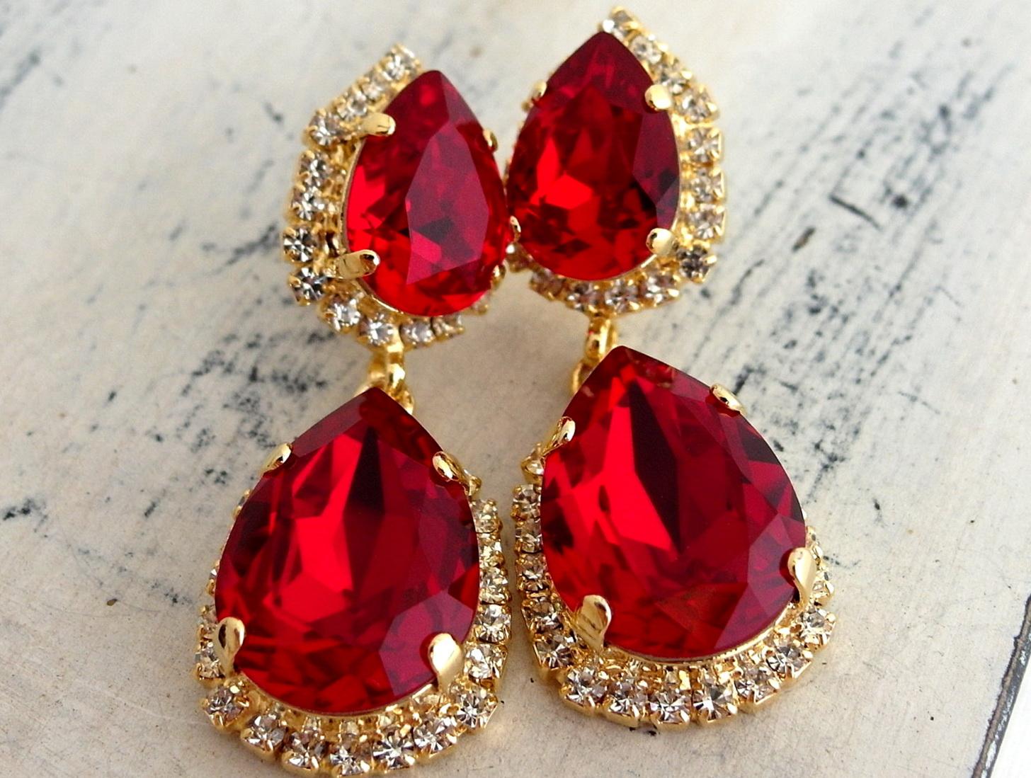 Red swarovski crystal chandelier earrings home design ideas red swarovski crystal chandelier earrings arubaitofo Choice Image