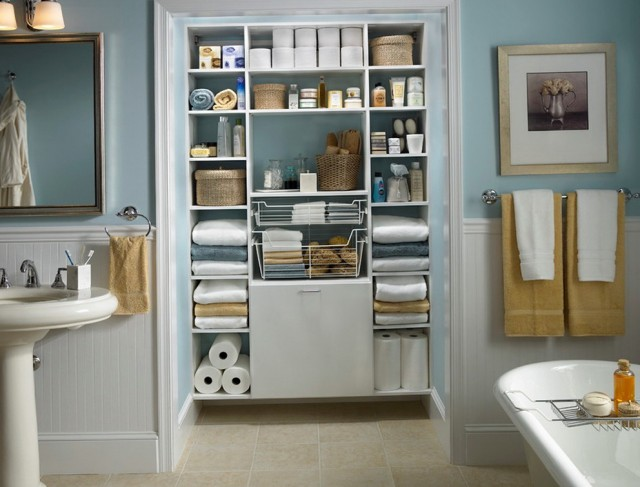 Small Bathroom And Closet Designs
