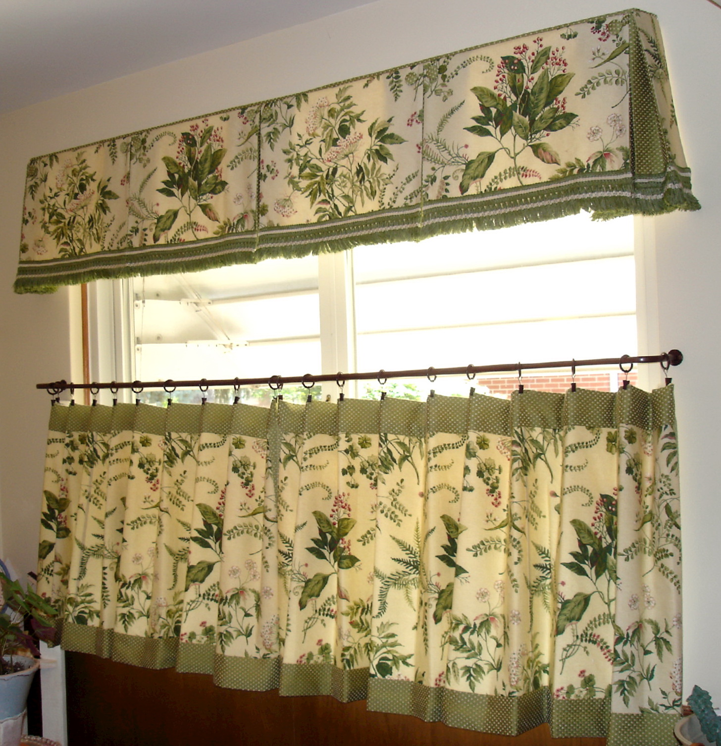 Cafe Curtains For Kitchen Ideas