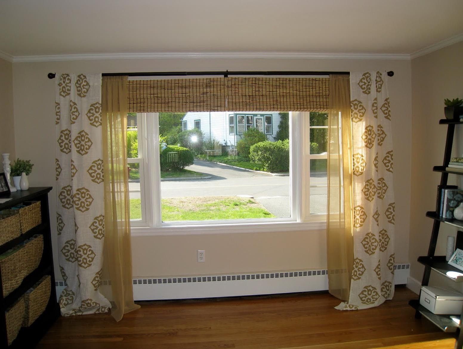 Curtains for large living room windows home design ideas for Living room picture window ideas