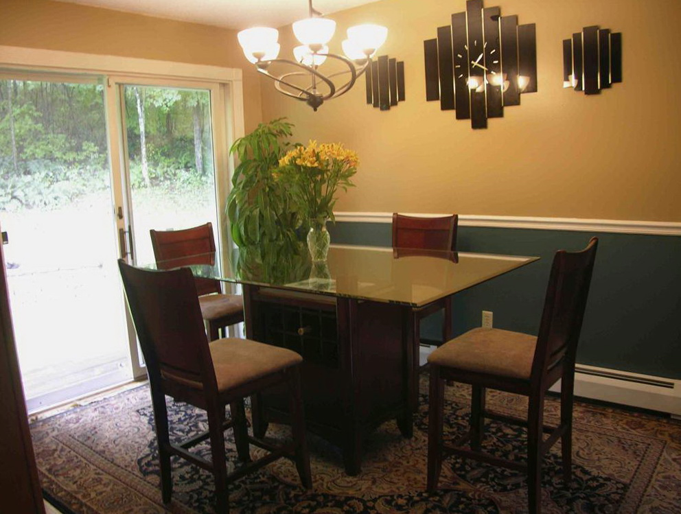 Dining room table chandeliers home design ideas for Dining room chandeliers