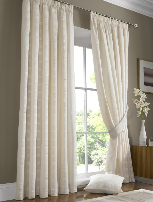 Drapes Vs Curtains Window Coverings Demystified