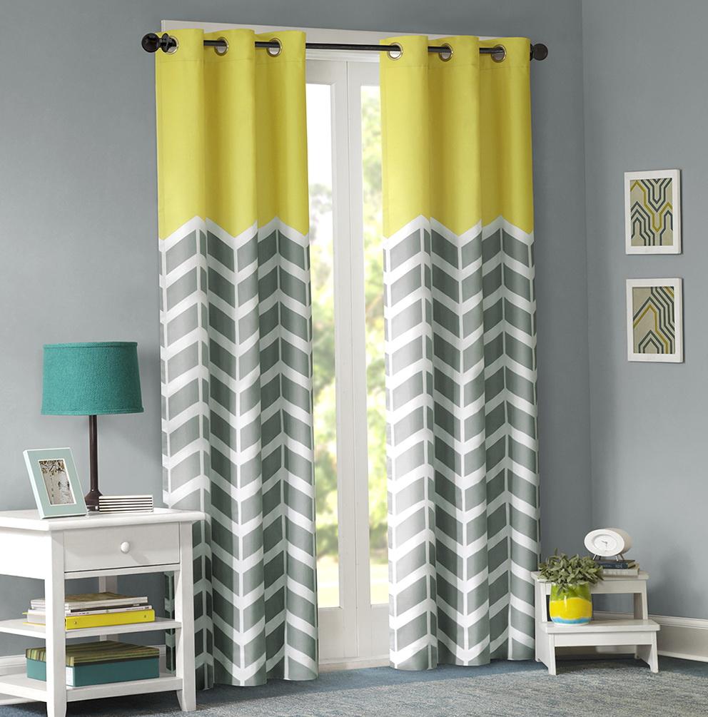 Chevron kitchen curtains 2
