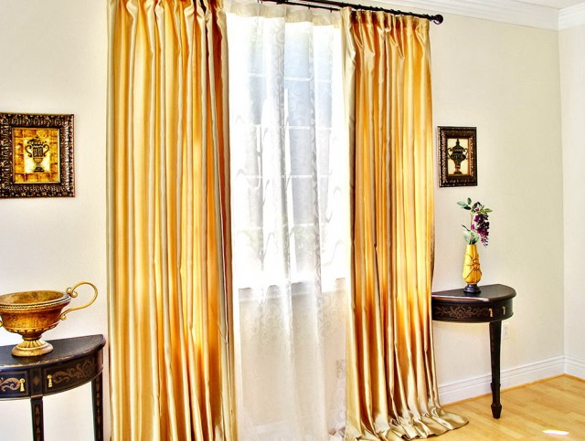 Gold Shower Curtain Rod