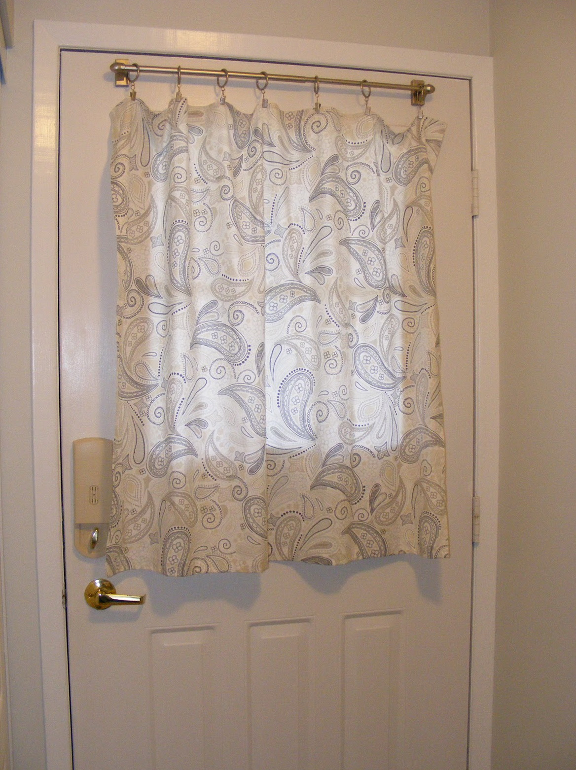 Front door curtain rod home design ideas for Front door curtain ideas