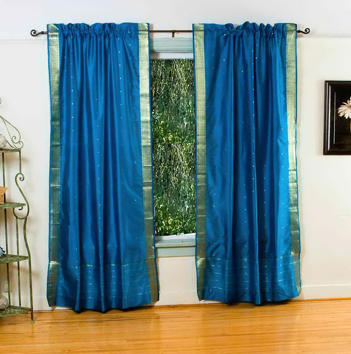 Light blue window curtains home design ideas for Light blue patterned curtains