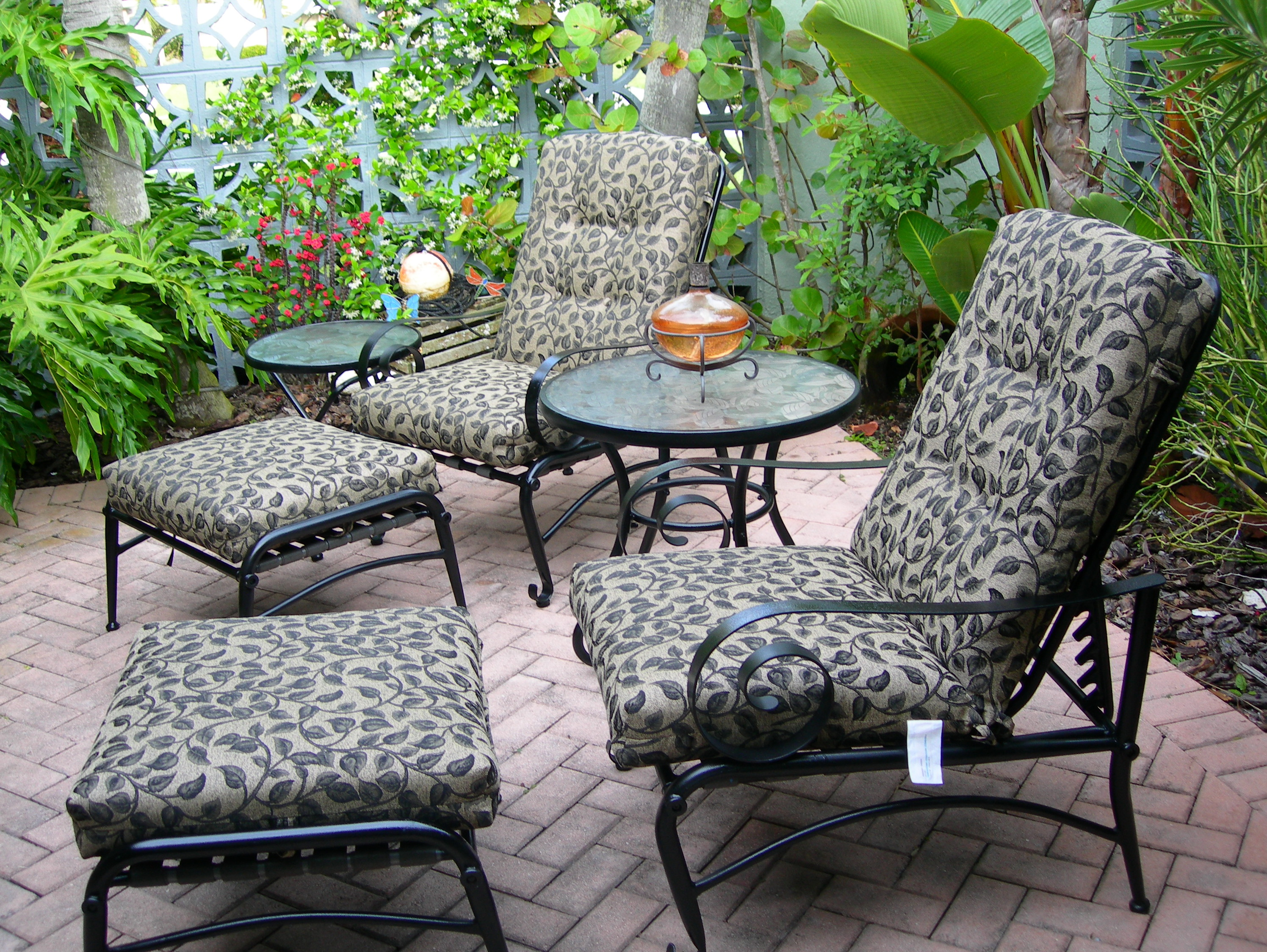 Patio furniture replacement cushions home design ideas Replacement cushions for patio furniture