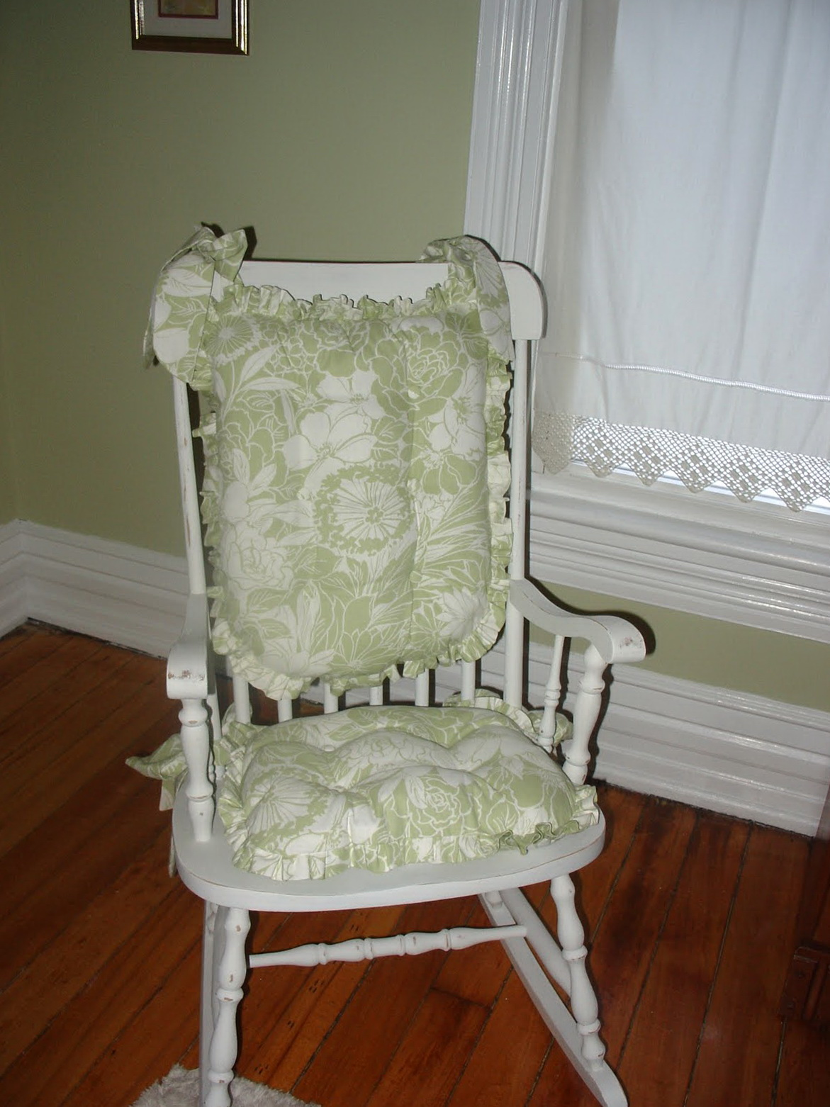 Rocking chair nursery white 28 pink and gray rocking for Nursing rocking chair design