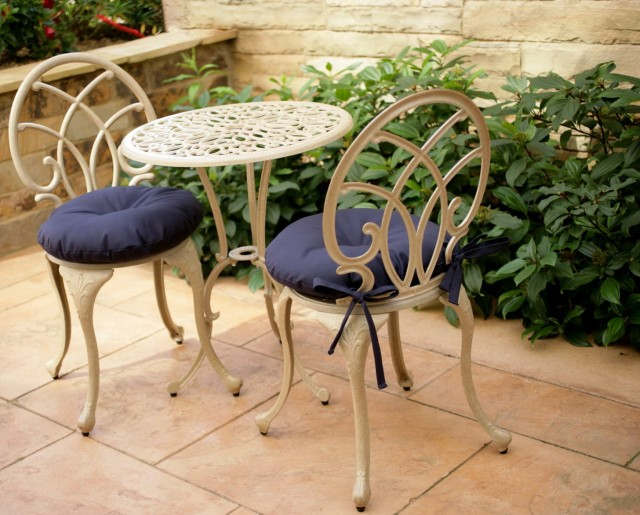 Round Outdoor Cushions For Chairs