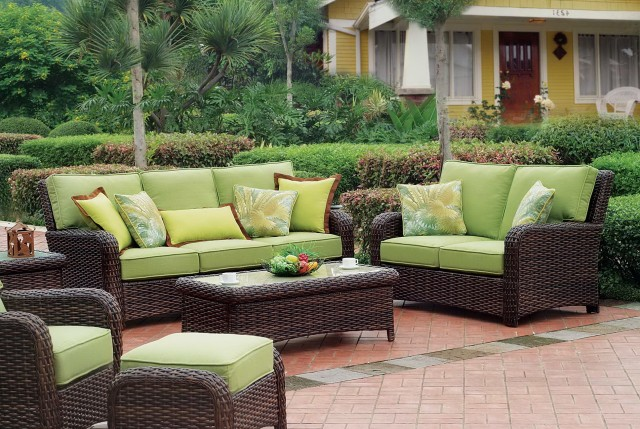 indoor outdoor cushions for wicker furniture home design ideas. Black Bedroom Furniture Sets. Home Design Ideas