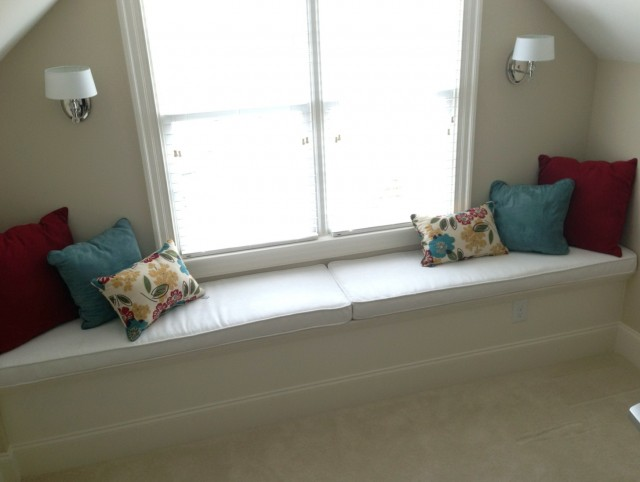 Window Seat Cushion With Piping