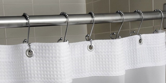 Cleaning Shower Curtain Rod