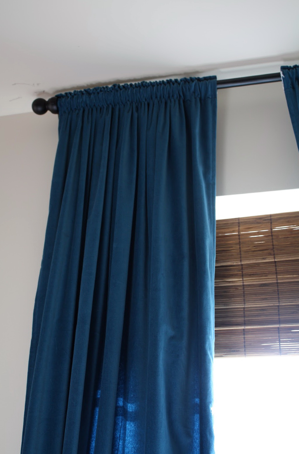 Grey Walls Blue Curtains Home Design Ideas