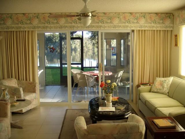 Latest Living Room Curtain Designs