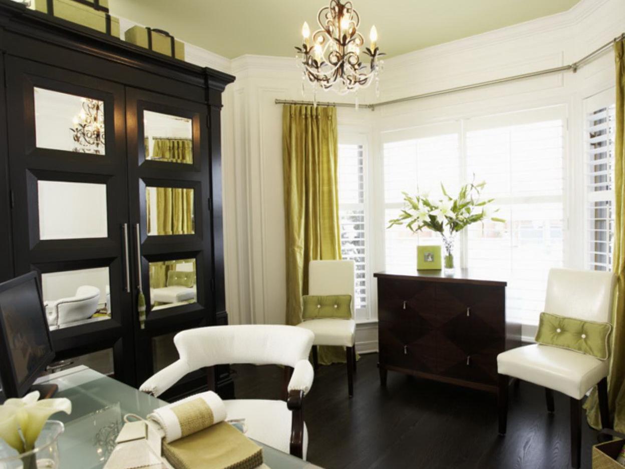 living room bay window curtains home design ideas. Black Bedroom Furniture Sets. Home Design Ideas