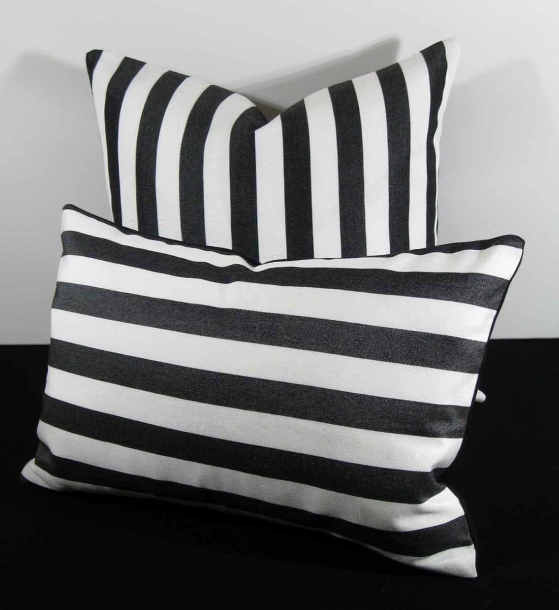 Black And White Outdoor Cushions