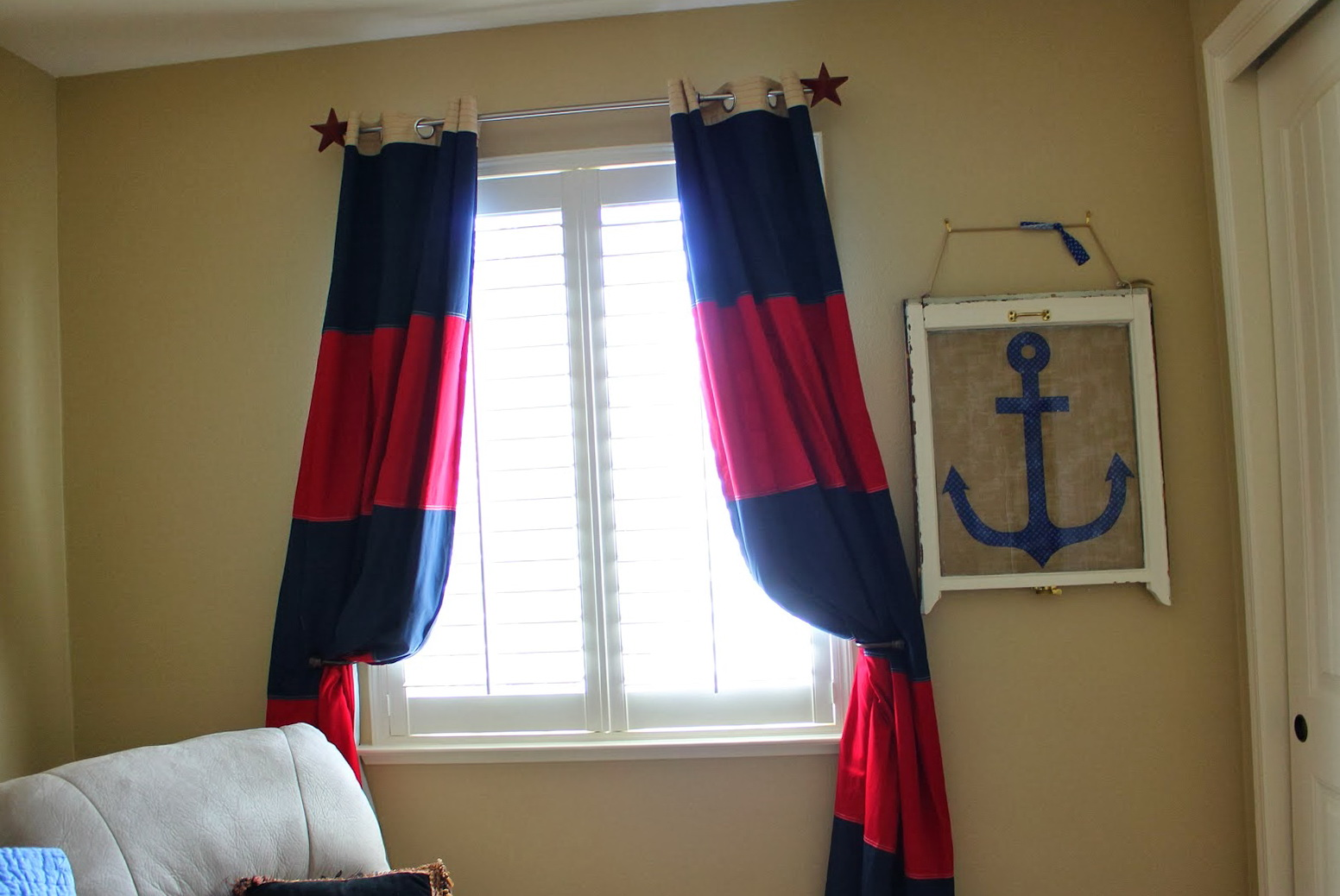 Blackout curtains for kids room home design ideas for Blackout curtains for kids rooms