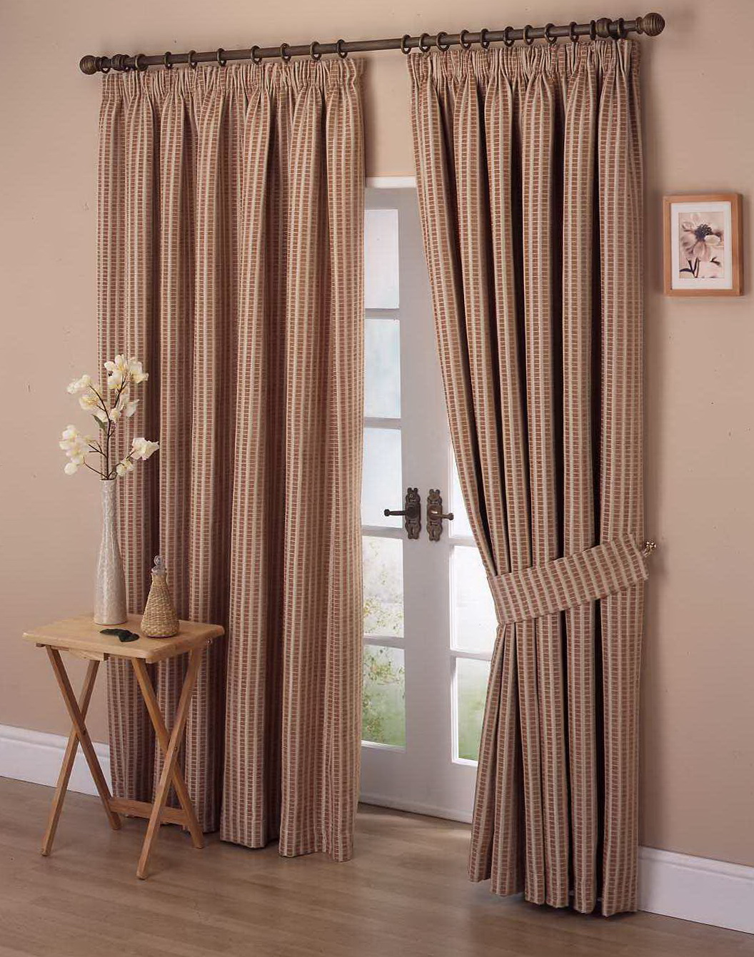 Curtain Decorating Ideas Pictures