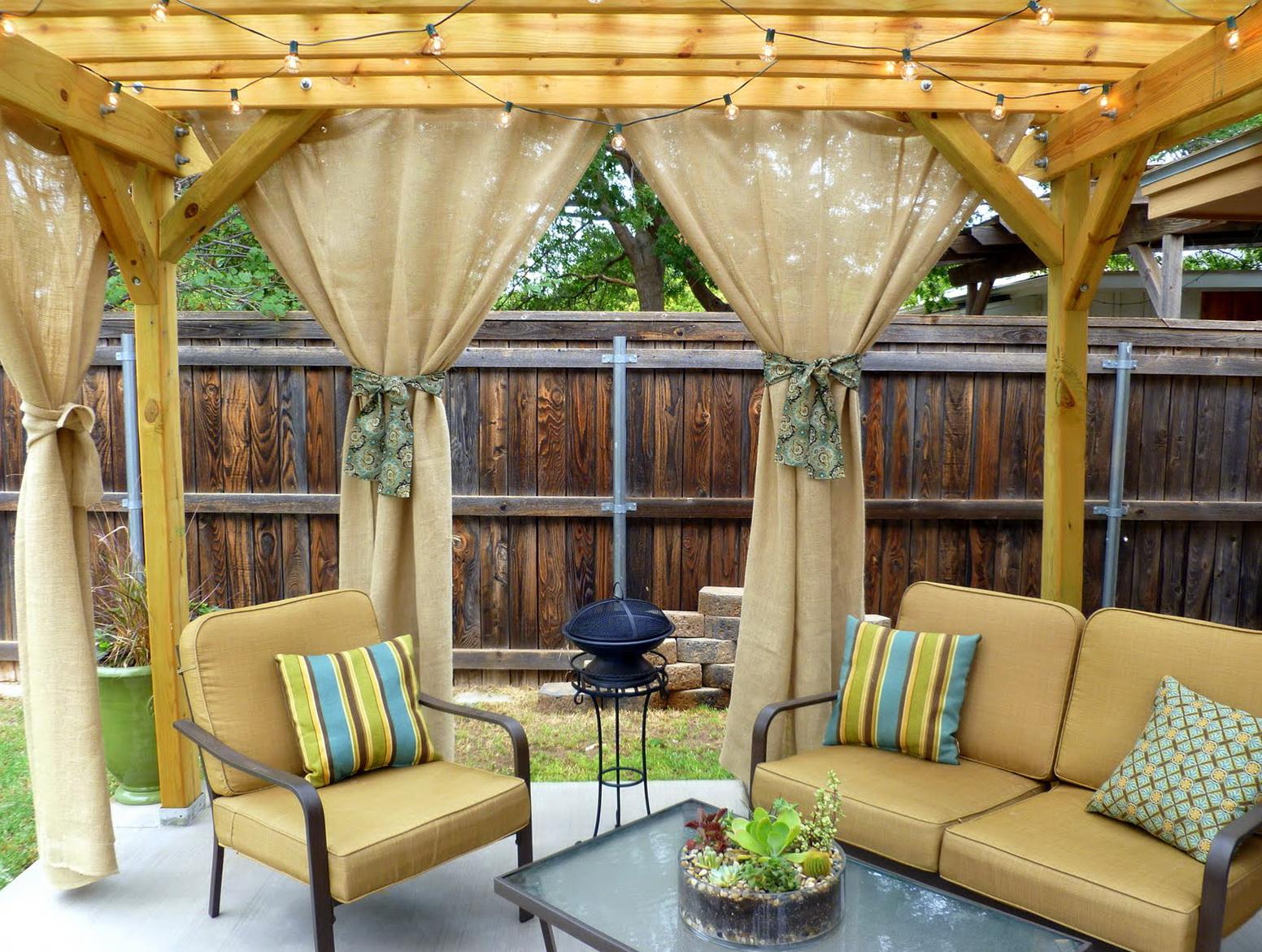 Pergola Designs With Curtains