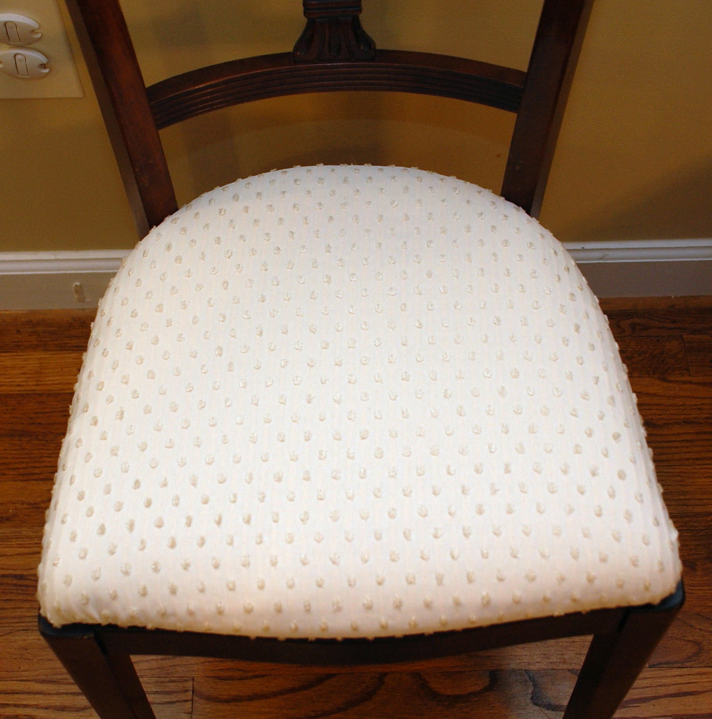 Recovering Chair Cushions With Piping