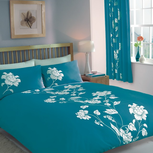 Teal Bedspreads And Curtains