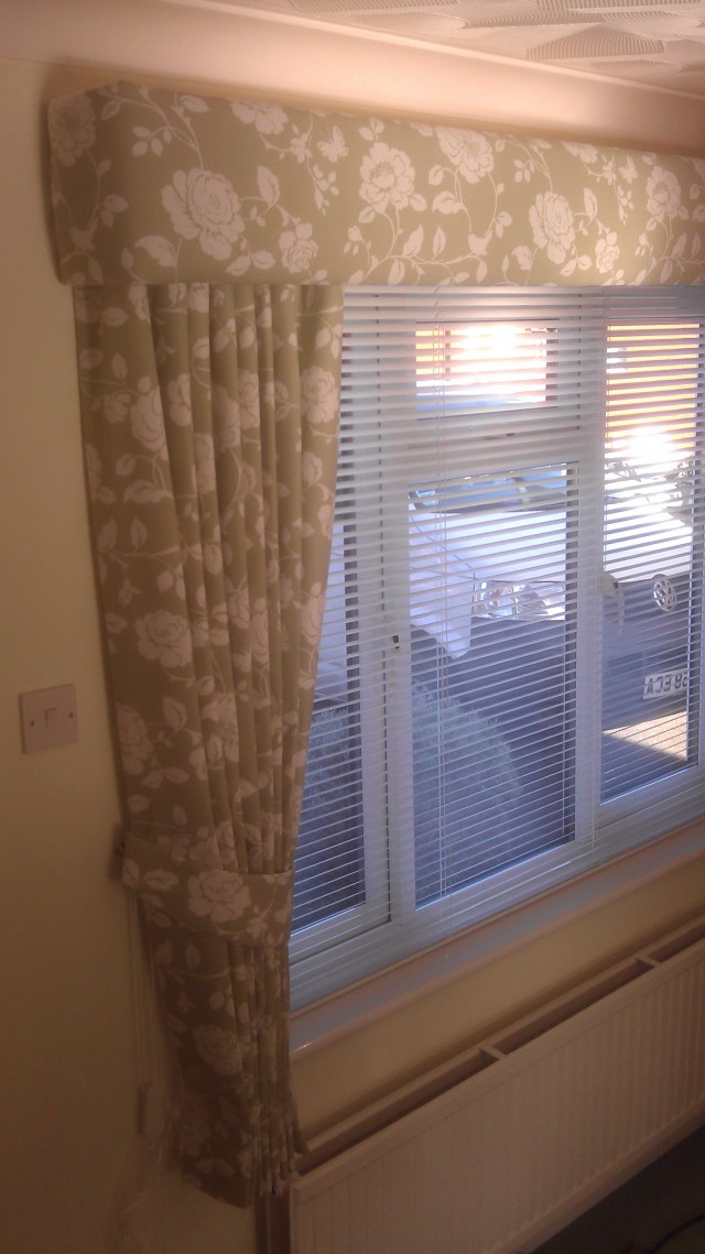 Venetian Blinds And Curtains Together