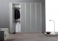 bi folding closet doors