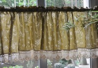 Country Plaid Kitchen Curtains