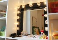 Dressing Room Mirror With Light Bulbs