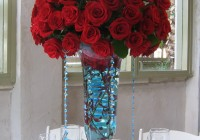 Eiffel Tower Vases With Roses