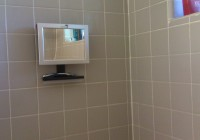 Fog Free Shower Mirror Radio
