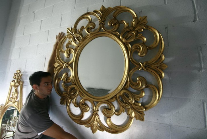 Permalink to Round Gold Wall Mirror