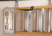 Rubbermaid Fasttrack Closet Kit