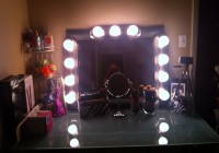 Vanity Girl Hollywood Mirror Diy