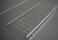 walk in closet wire shelving